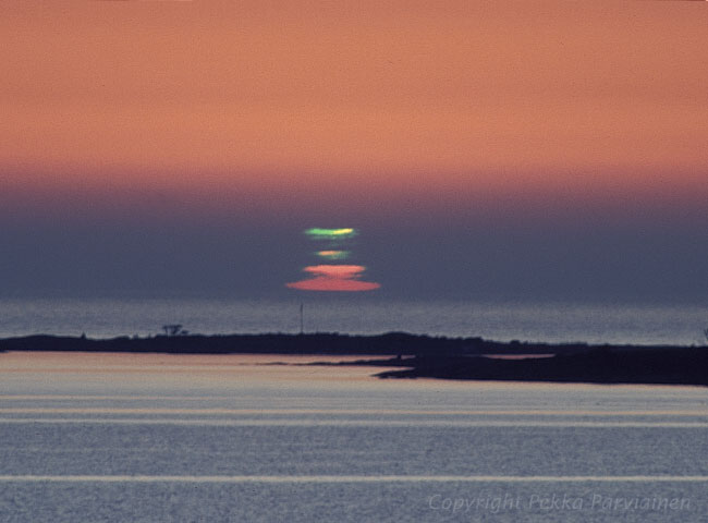 A Green Flash from the Sun