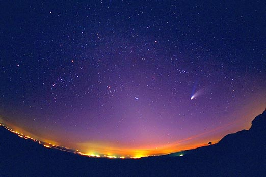 A Fisheye View of Comet Hale-Bopp