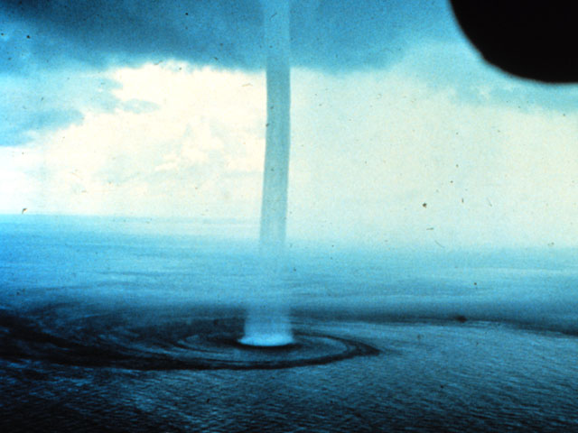 waterspout_noaa.jpg