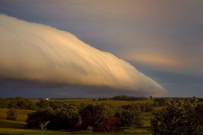A Roll Cloud Over Missouri