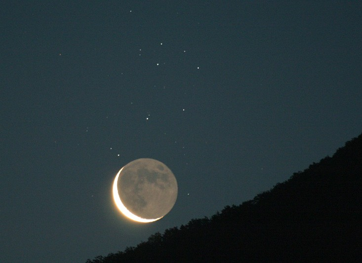 Old Moon and Sister Stars