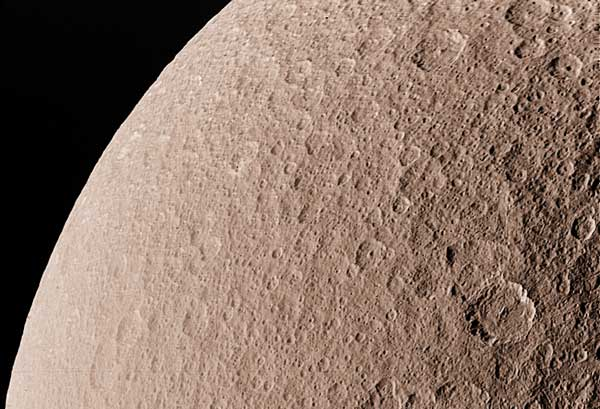 Rhea: Saturns Second Largest Moon