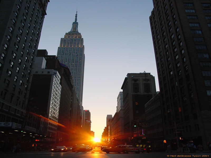 Manhattanhenge: A New York Sunset