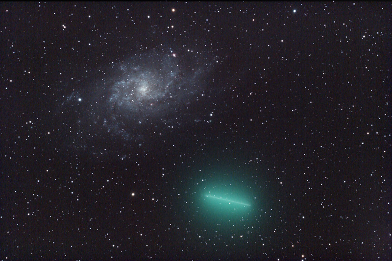 APOD: 2008 January 2- A Galaxy is not a Comet