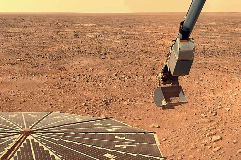 Phoenix Digs for Clues on Mars