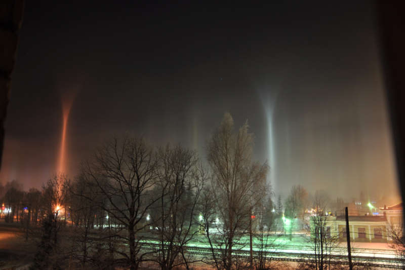 Unusual Light Pillars Over Latvia