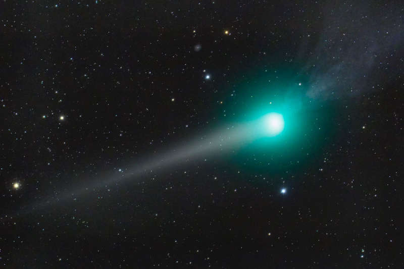 Two Tails of Comet Lulin