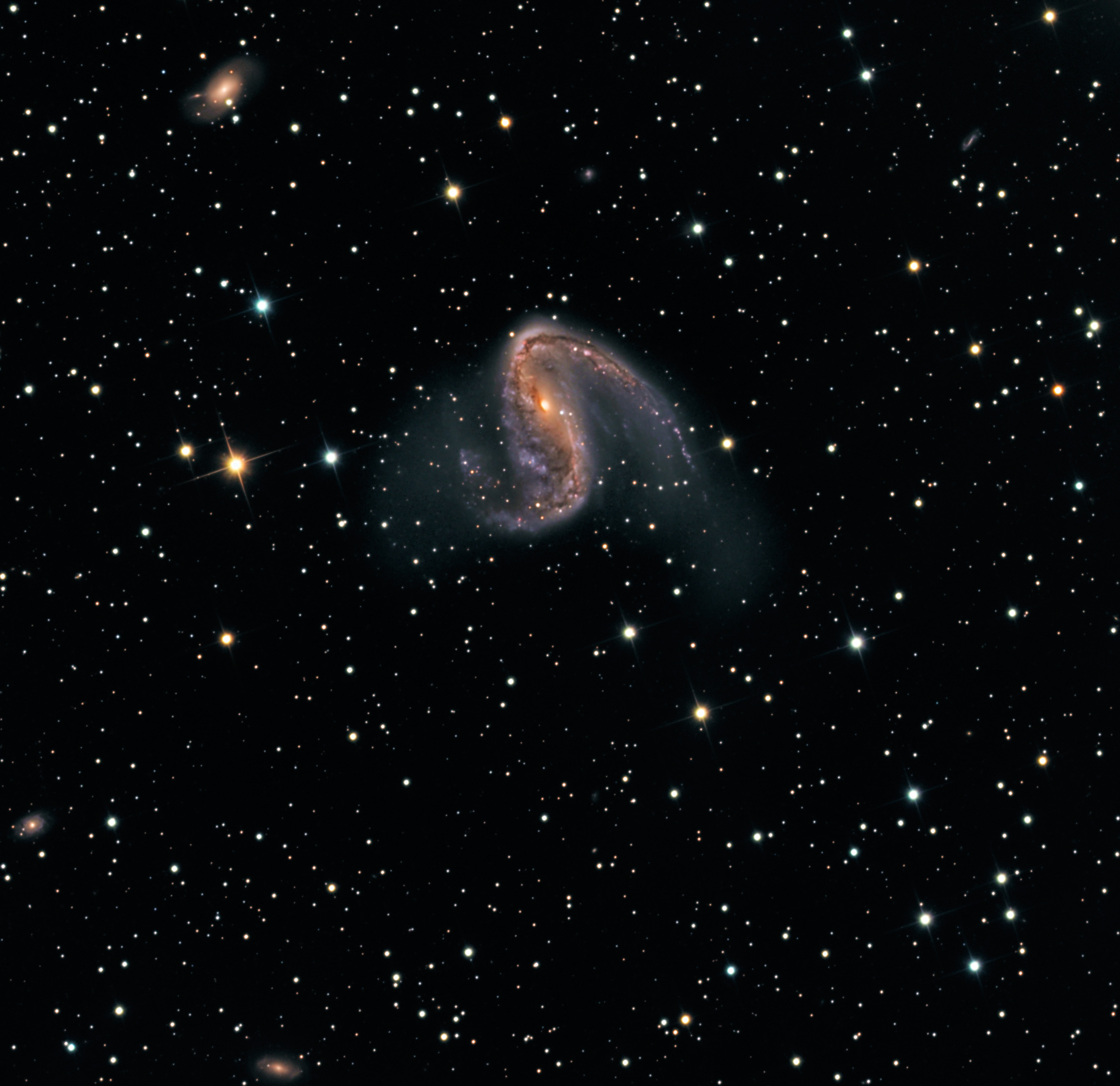 NGC 2442: Galaxy in Volans