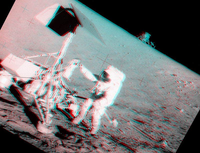 Apollo 12 and Surveyor 3 Stereo View