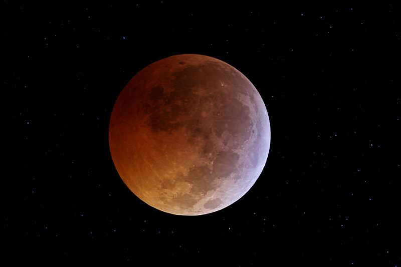 The Solstice Moon s Eclipse