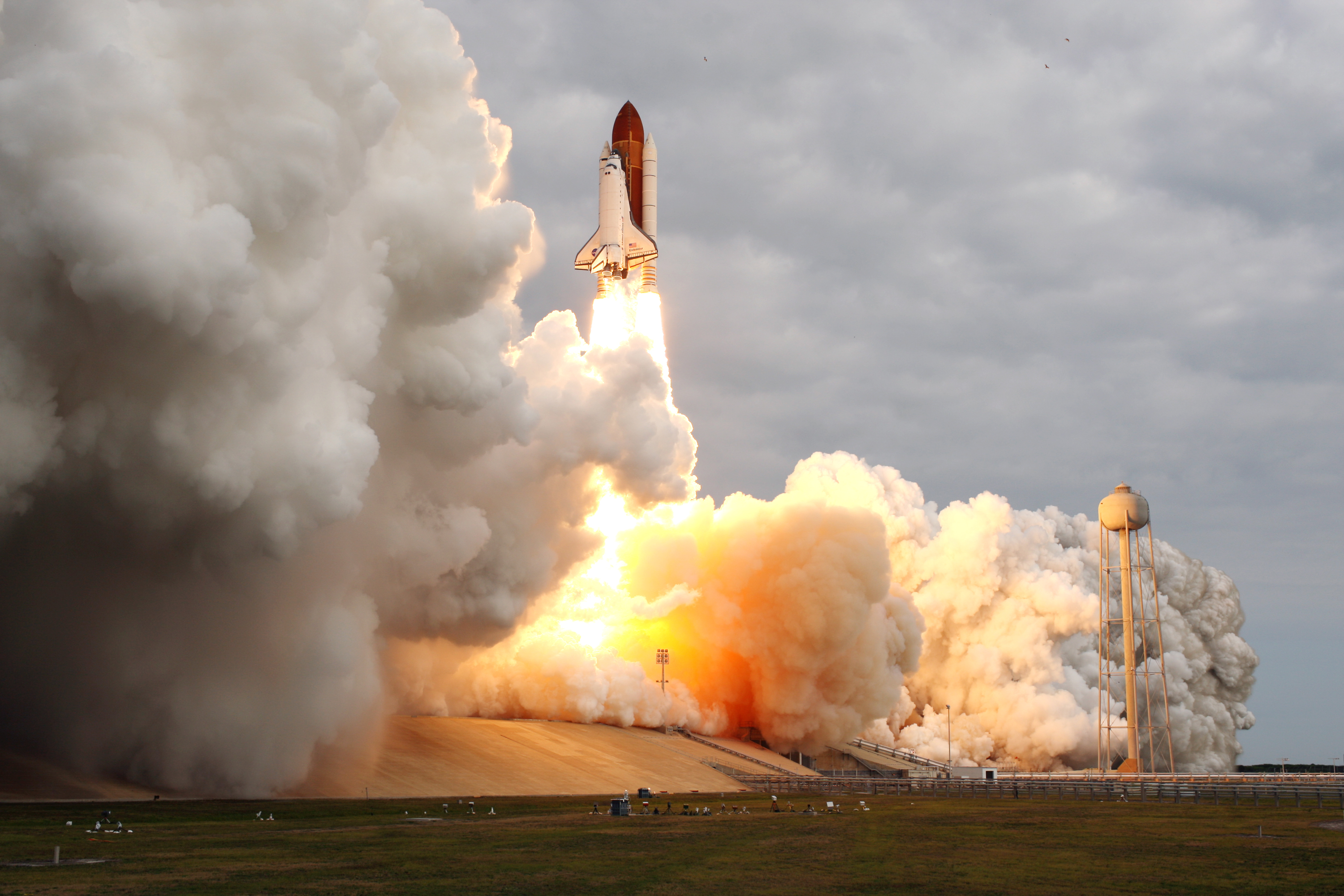 shuttle launch from space station - photo #31