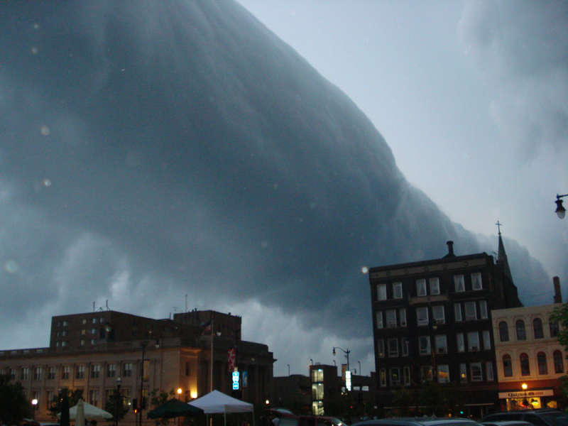 Roll Cloud Over Wisconsin