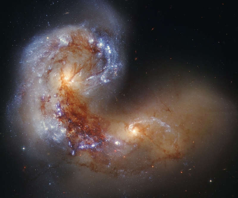 Spiral Galaxy NGC 4038 in Collision