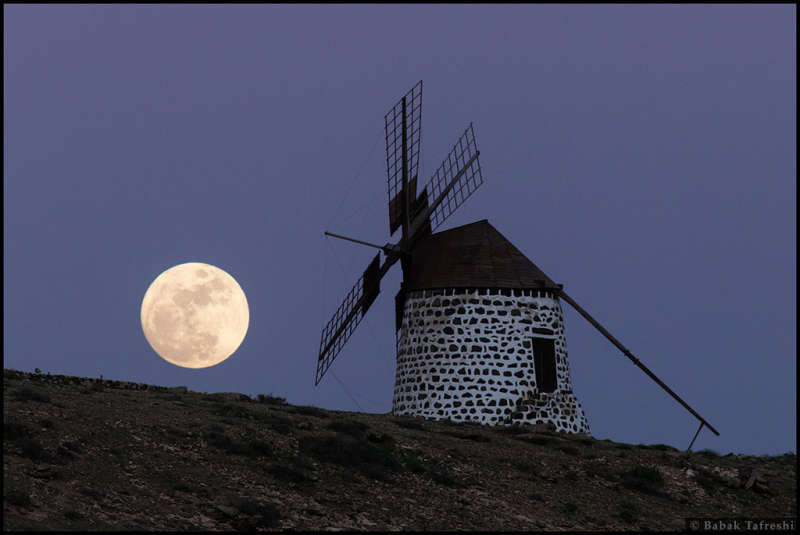 The Windmill s Moon