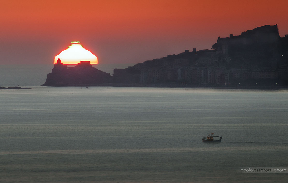 Distorted Green Flash Sunset over Italy