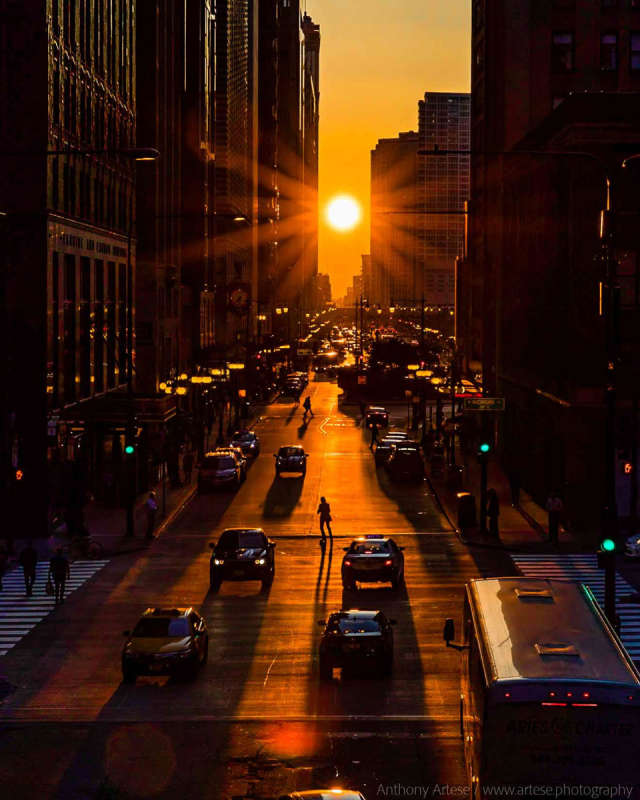 Chicagohenge: Equinox in an Aligned City