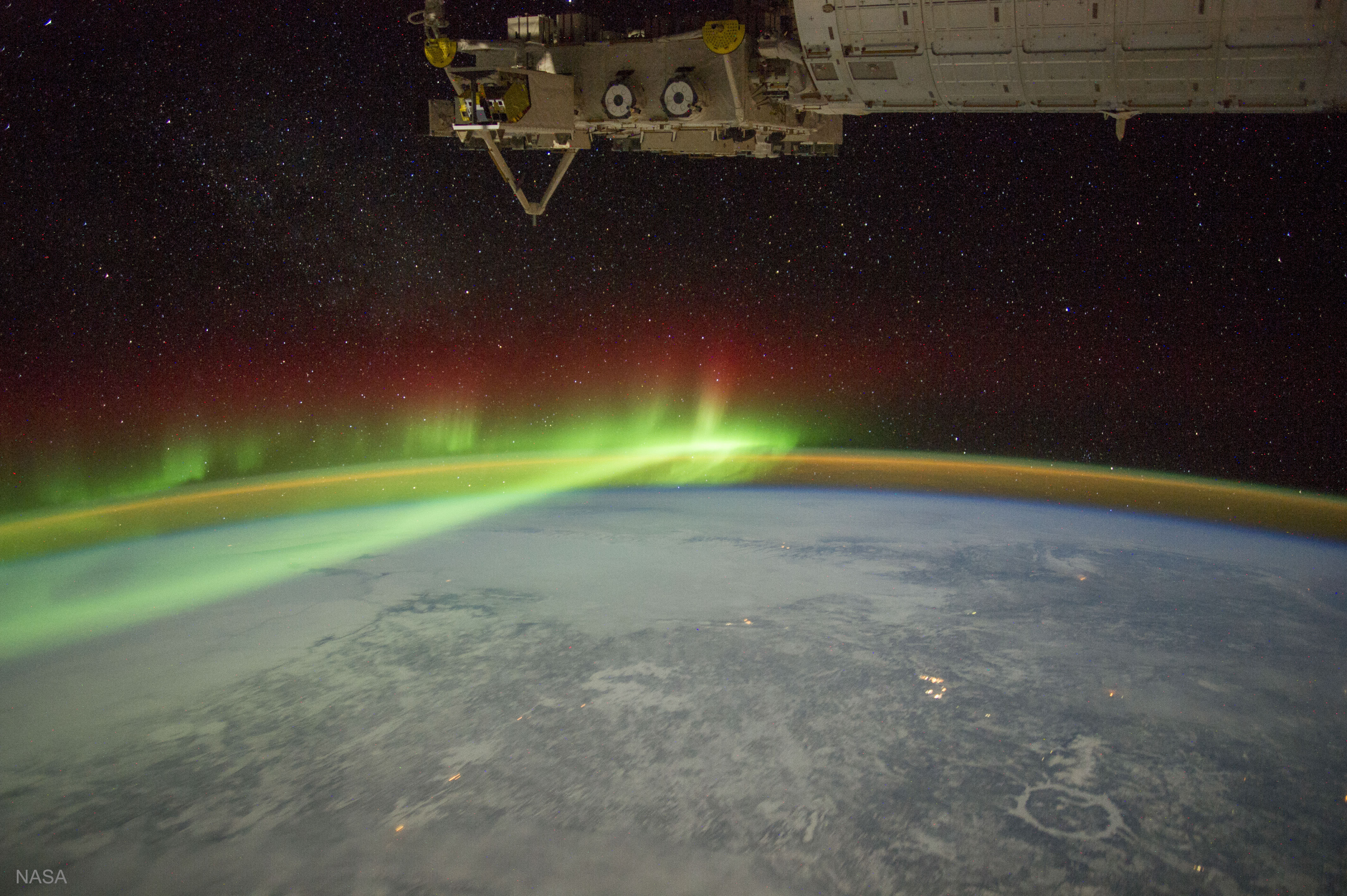 Aurora and Manicouagan Crater from the Space Station