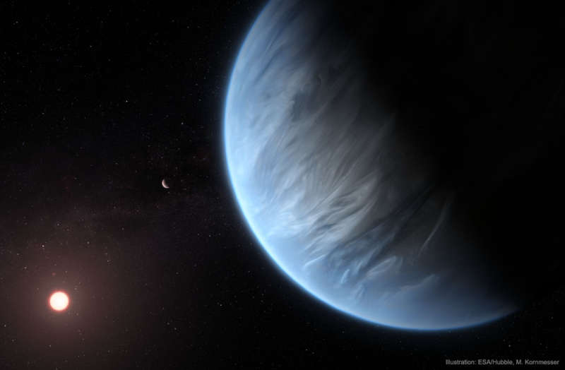 Water Vapor Discovered on Distant Exoplanet
