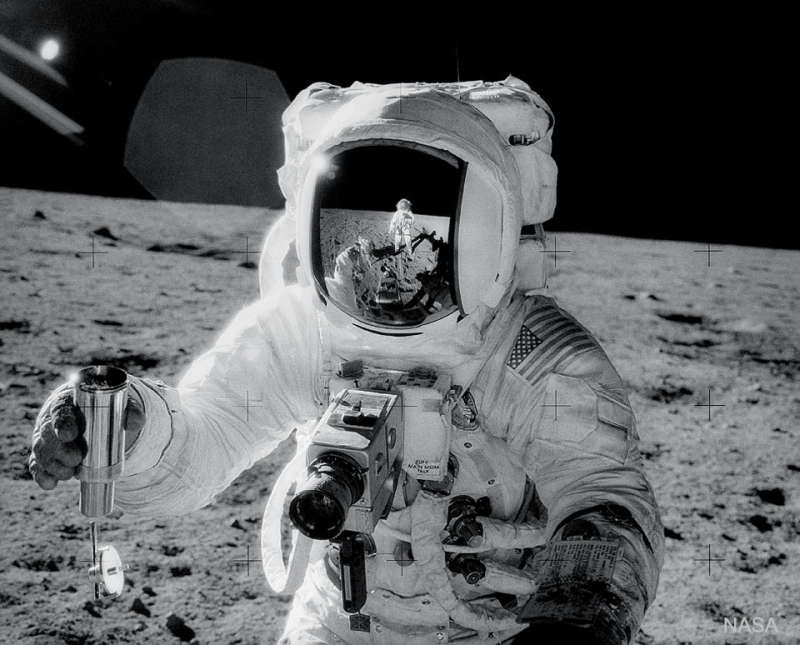 Apollo 12: Self Portrait