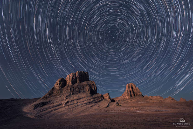 Star Trails for a Red Planet