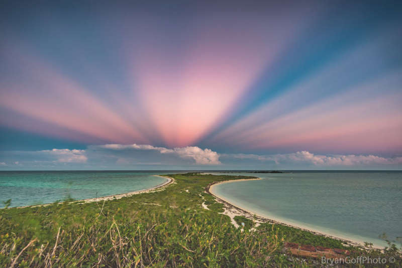 Anticrepuscular Rays over Florida