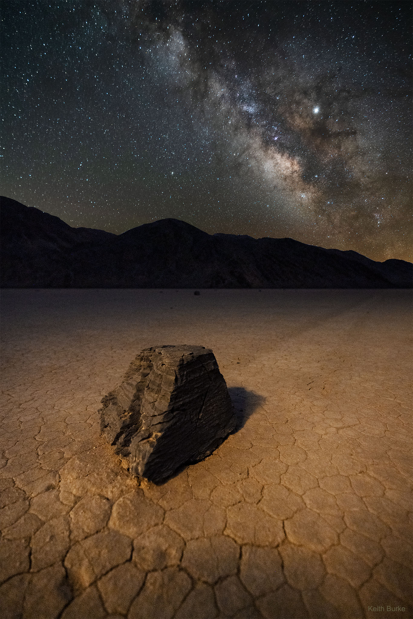 A Sailing Stone across Death Valley