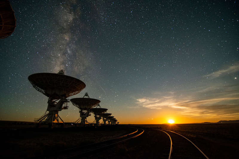 The Very Large Array at Moonset